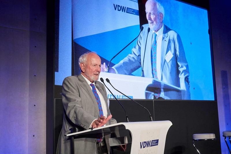 Ernst Ulrich von Weizsaecker beim VDW Symposium Wir sind dran im Jahr 2019